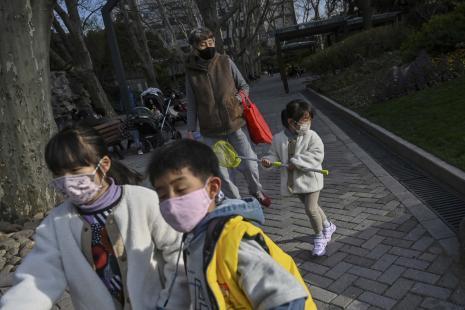 Covid-19 : la fièvre n'est pas constante chez les enfants