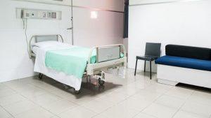 Renforcement des capacités de prise en charge des cas Covid-19 dans les établissements de santé publics et privés